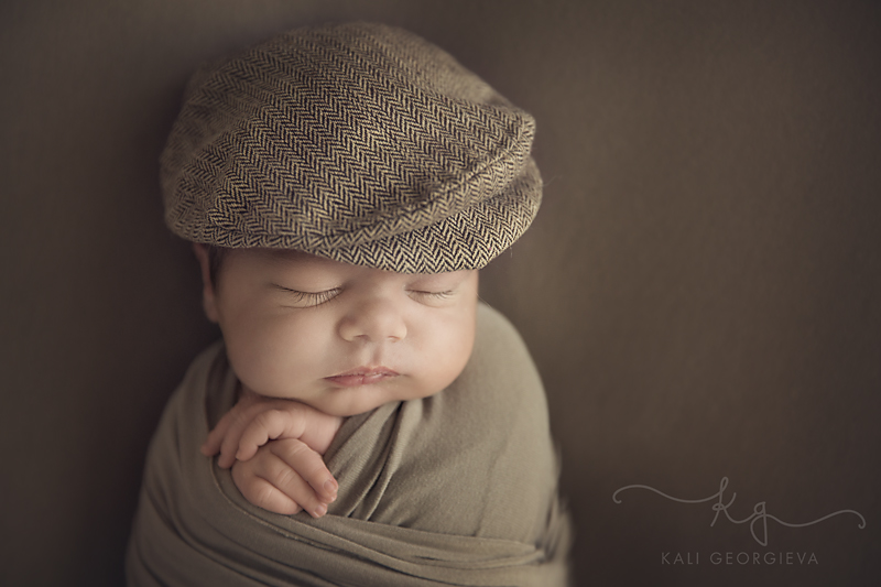 бебешка- фотосесия-новородено-момче
