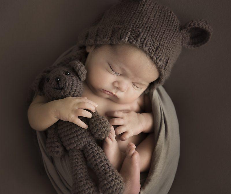 Домашна фотосесия на бебе